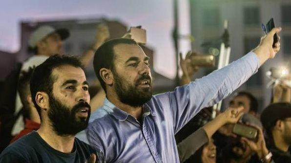 مندوبية السجون: ترحيل معتقلي أحداث الحسيمة قانوني وتم بطلب منهم