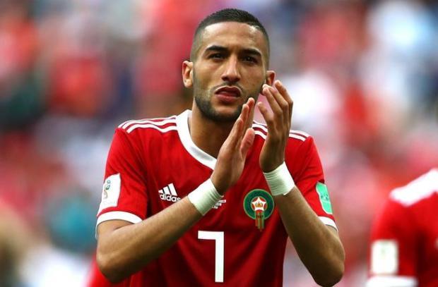 """وصفته بـ""""ميسي المغرب"""".. صحيفة فرنسية تشيد بزياش"""