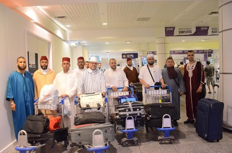 لتأطير مغاربة الخارج خلال شهر رمضان.. المغرب يرسل 422 إماما ومرشدا دينيا إلى عدد من الدول