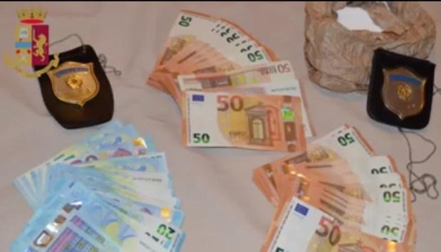 إيطاليا.. القبض على 17 شابا من أصول مغربية ينتمون إلى عصابة تتاجر في المخدرات
