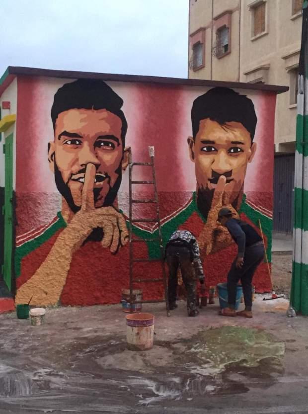 حيث ولاد دربهم.. شباب في حي الدشيرة في أكادير يرسمون جدارية لأحداد وأزارو (صور)