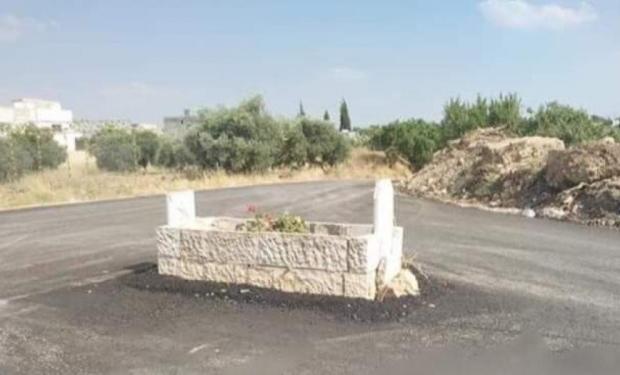 بغاو يرجعوه فالمغرب.. قبر في الأردن يتحول إلى مدار طرقي