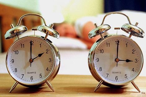الثانية صباحا من يوم الأحد.. ما تنساوش تزيدو ساعة