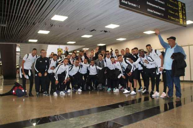 قبل النزول في مطار وجدة.. لاعبو الاتحاد البيضاوي يعيشون الرعب في الطائرة