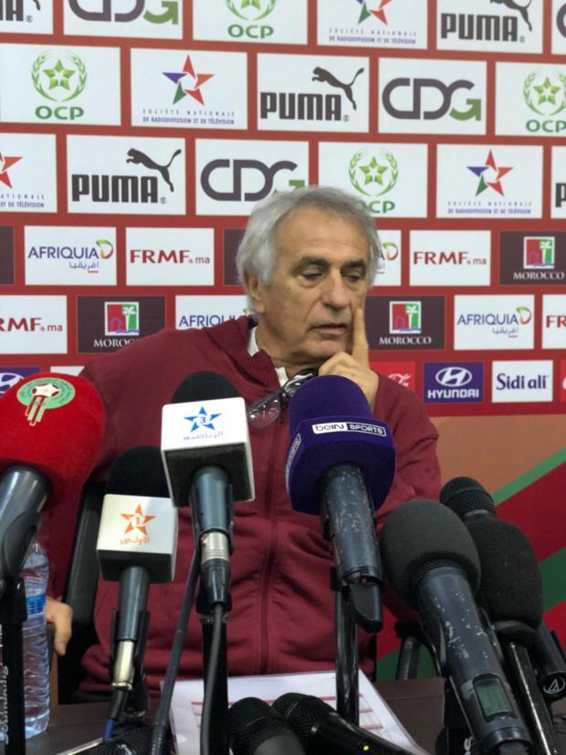 """قال إنه لاعب """"كلو مشاكل"""".. خليلوزيتش يرفض التعليق على اعتزال حمد الله"""