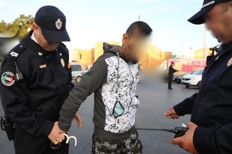 هاجم البوليس بجوج سيوف.. القرطاس لإيقاف مبحوث عنه في تاوريرت