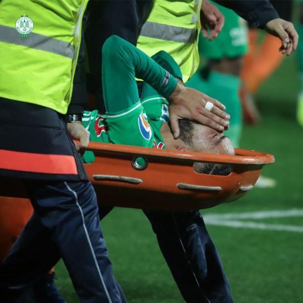 تعرض لالتواء على مستوى الركبة.. طبيب الرجاء يتحدث عن إصابة بنحليب والعربي الناجي يعتذر