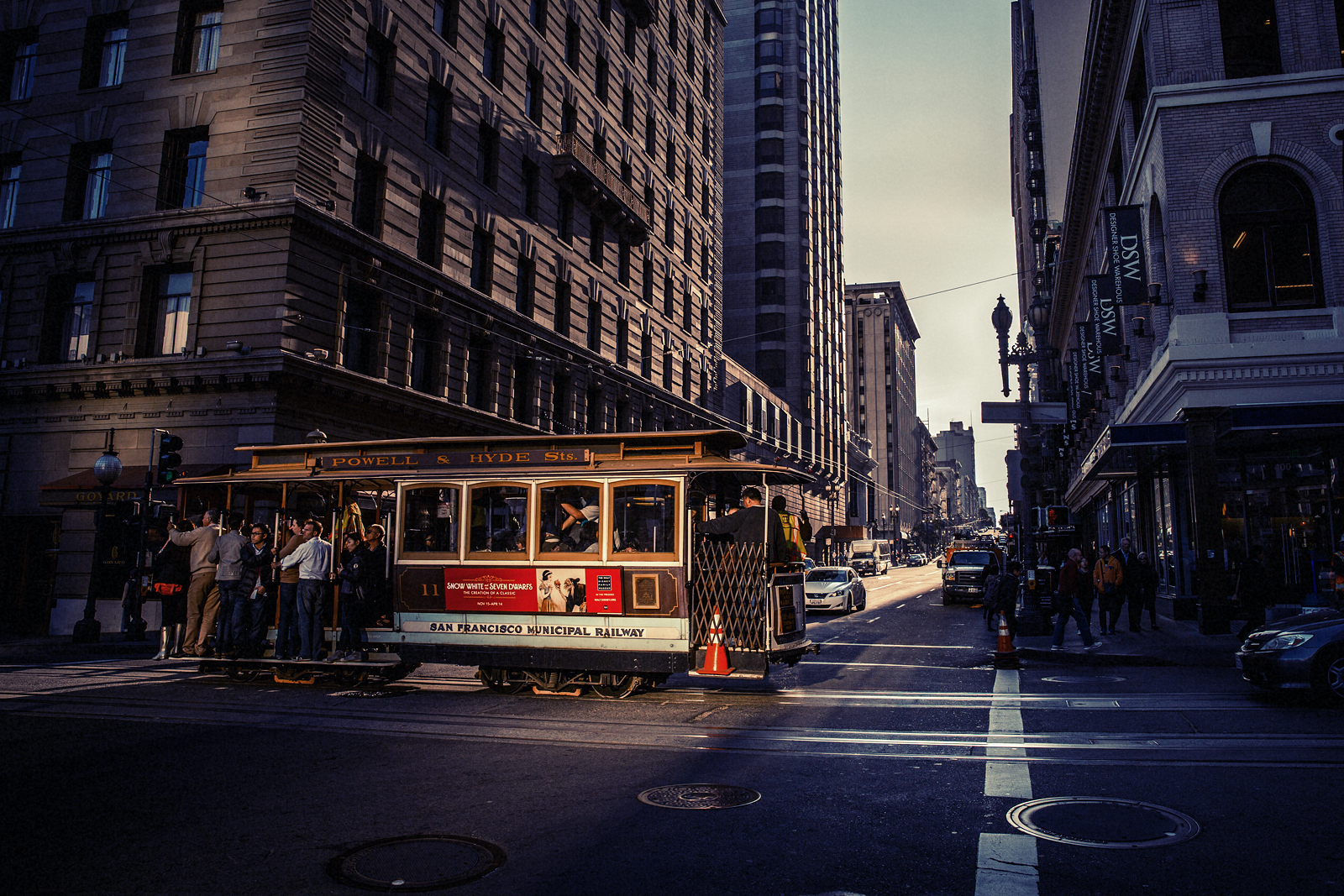 365 – 87 – San Francisco, California