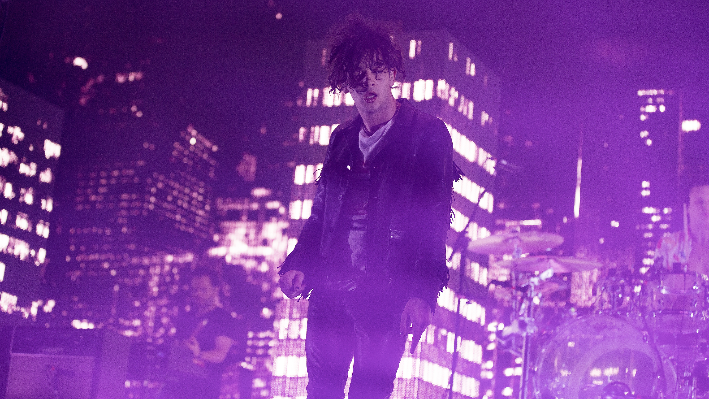 the1975_12