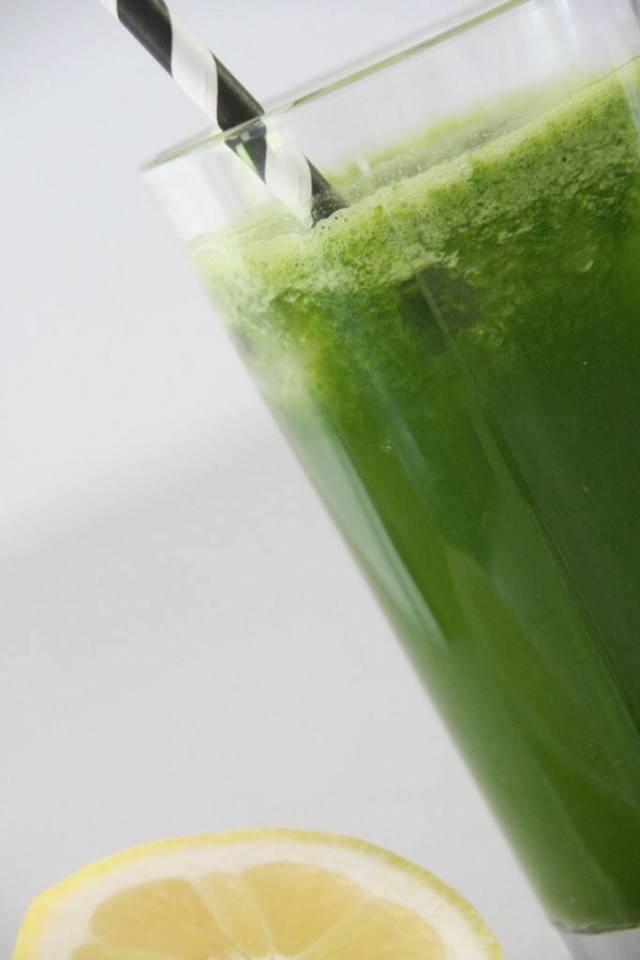 opskrift på lettere syrlig grønsagsjuice