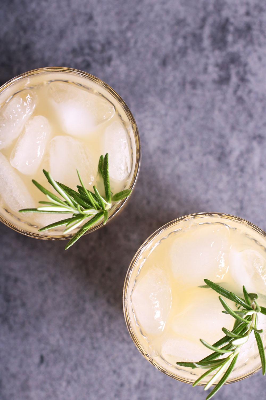 Sommerlækker ananas drink