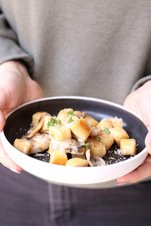 Gnocchi med champignon og cremet flødesauce