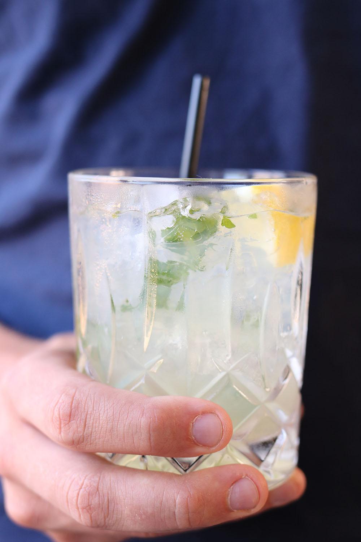 Fredagscocktail – Sommerlækker lemon drink