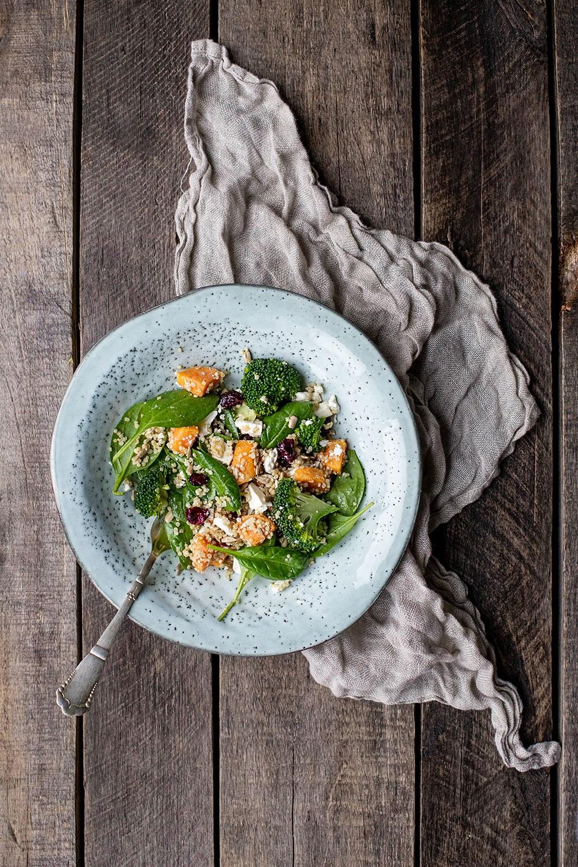 hurtig og lækker quinoa salat