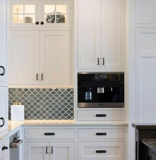 Custom White Shaker Cabinets In Madison New Jersey Https Www Kountrykraft Com Ph Modern White Kitchen Cabinets White Modern Kitchen Custom Kitchen Cabinets