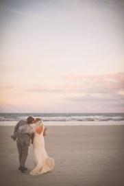 Kelsey&BlakeBride+Groom_KiKiCreates-008