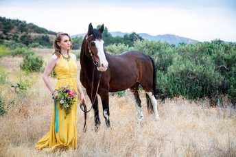 Los Angeles Wedding Santa Clarita Bridesmaid, los angeles wedding photographer, l.a. wedding, bride and groom, wedding ideas