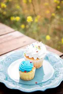 Los Angeles Wedding desserts, los angeles wedding photographer, l.a. wedding, bride and groom, wedding ideas