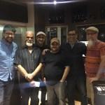 Junto a Mikie Rivera y los musicos de la sesion de cuerdas