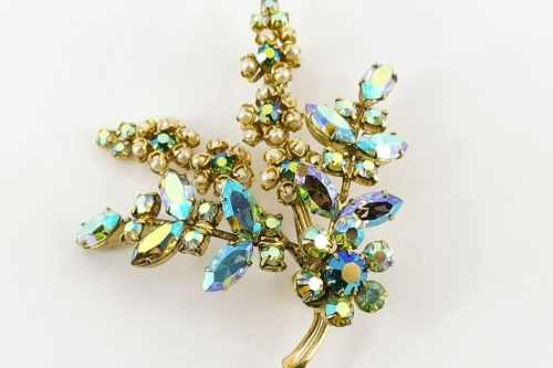 floral-spray-brooch