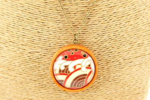 red-wave-pendant