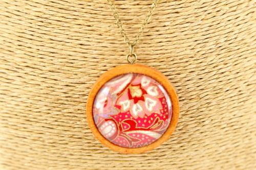red-floral-pendant