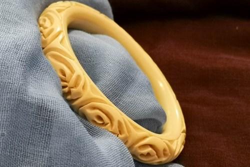 carved-bracelet