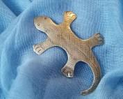 flat-lizard-brooch