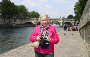 2010 05-14 Paris 49 JK with Pont Neuf