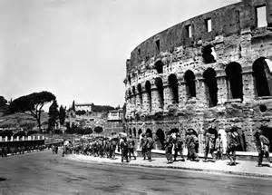 Allied soldiers take Rome