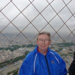 2013 06-28 Paris 25 - Eiffel Tower - HK at top 1