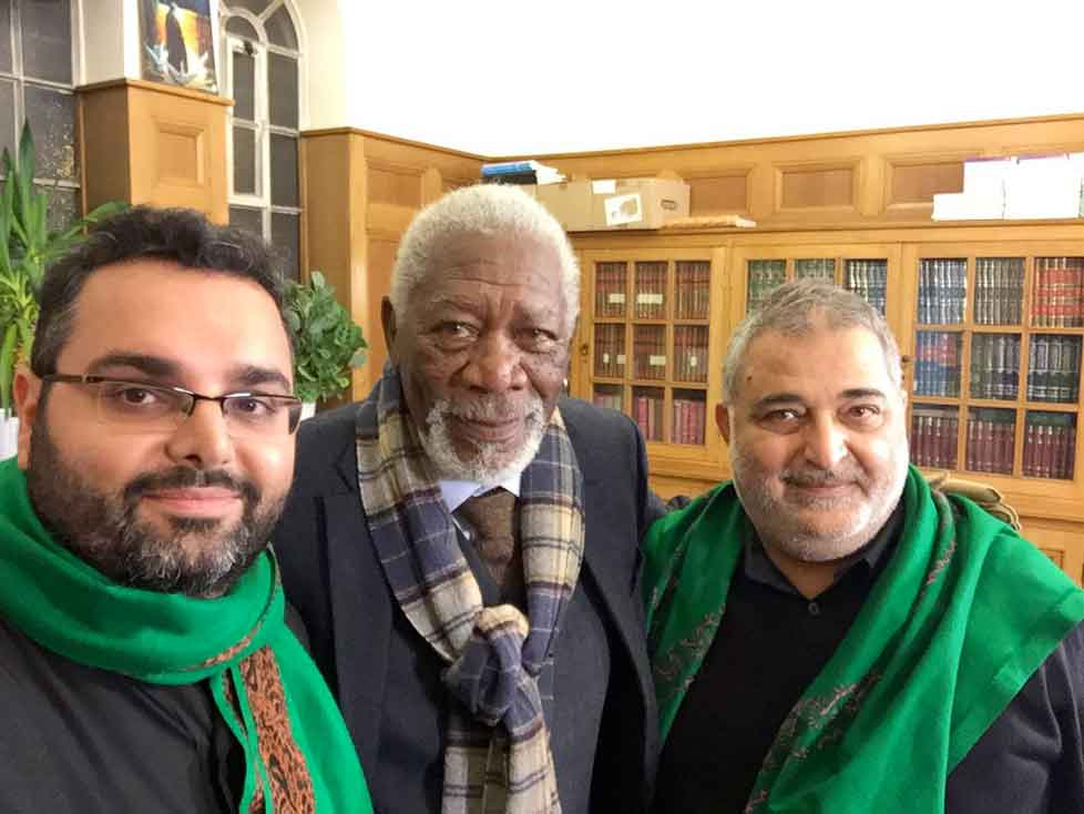 Morgan Freeman visits Kilburn Mosque