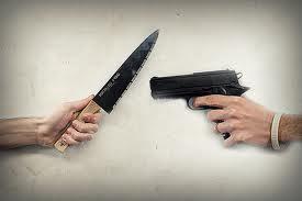 gun-knife-fight