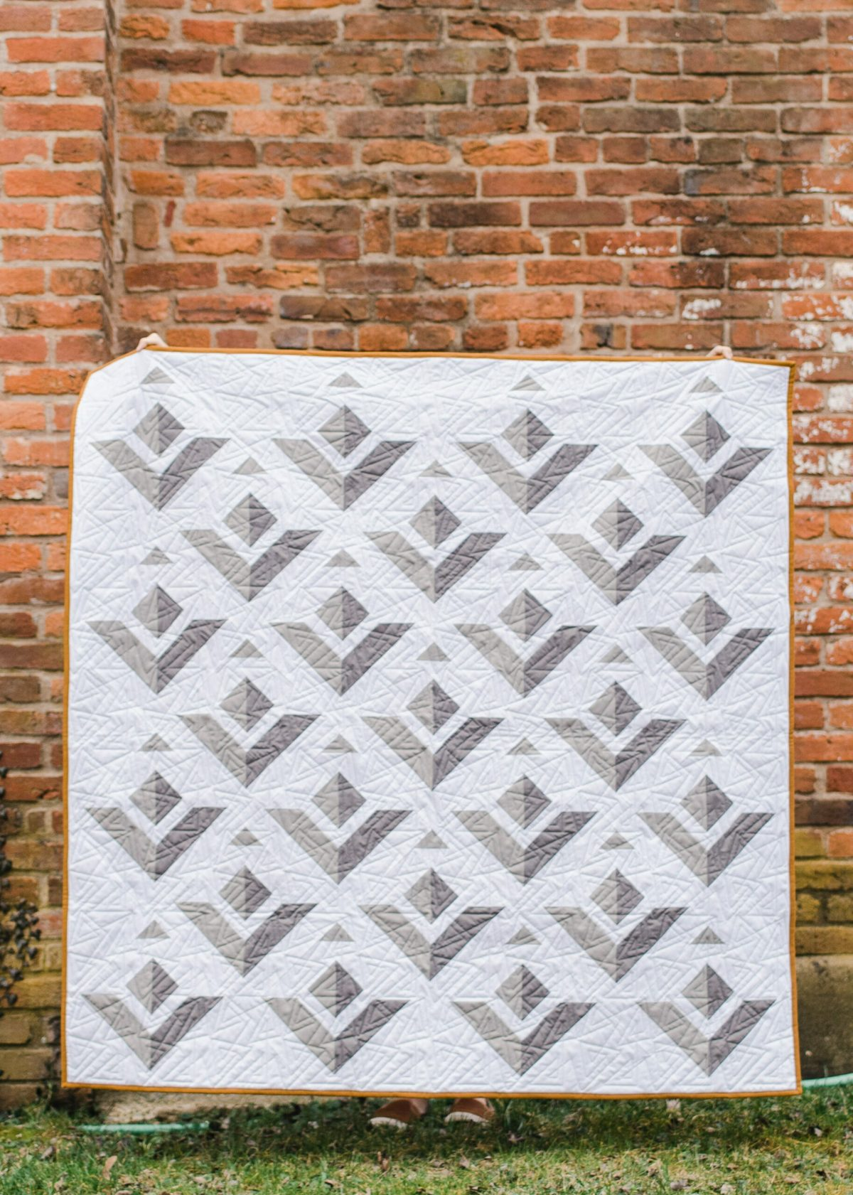 Paper Planes quilt pattern by Kiley's Quilt Room