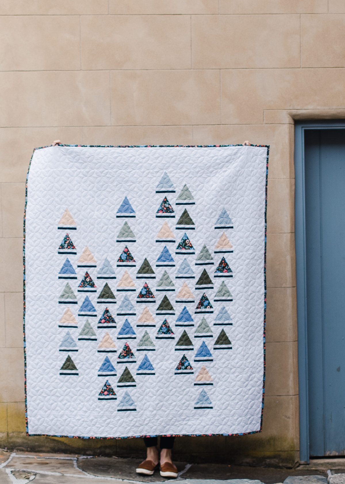 Trajectory quilt pattern by Kiley's Quilt Room for Modish Quilter Magazine