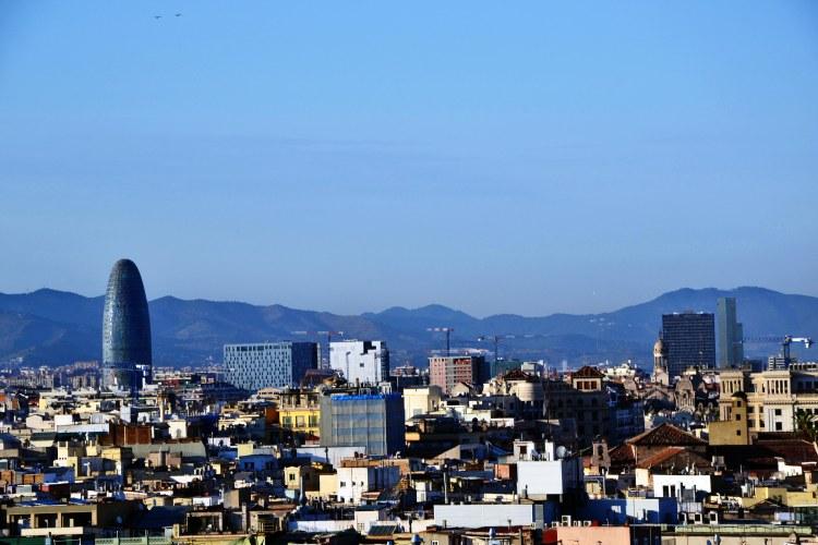 panorama sulla torre agbar dal barcelò raval