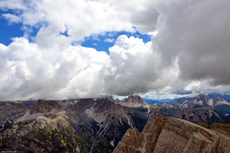 giochi di nuvole e drei zinnen dalla cima del picco di vallandro
