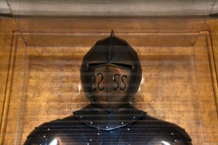 armatura conservata in teca dell'esercito della Serenissima