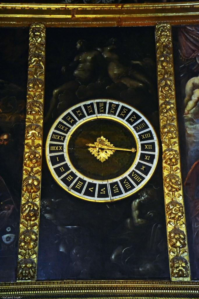 orologio rinascimentale nella sala del senato