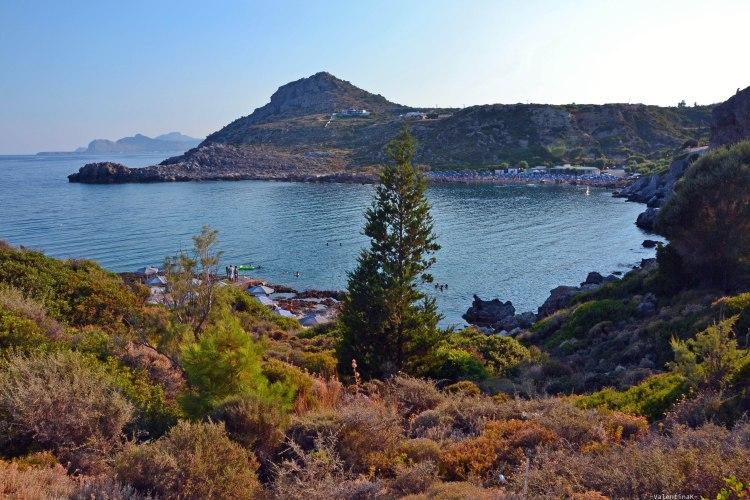 sei esperienze imperdibili da vivere sull'isola di Rodi: panorami di mare e natura al tramonto
