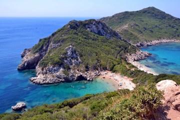 isola di corfù: le due baie di porto timoni