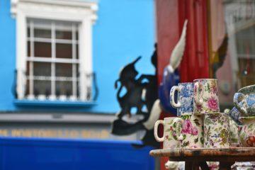 Caffetterie e locali a londra: tazzine colorate