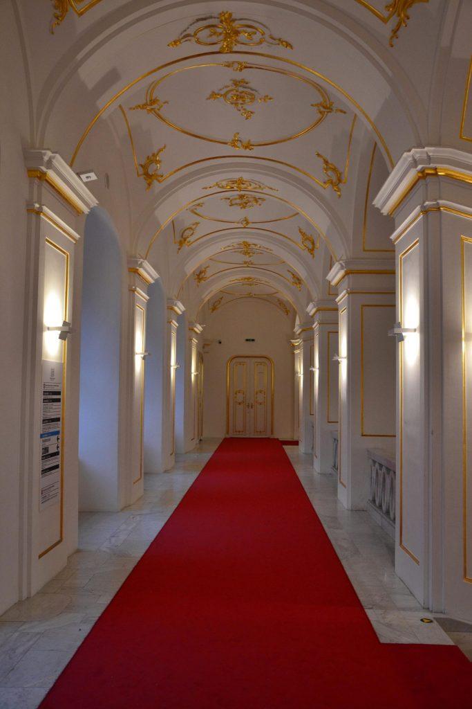 l'interno del castello di bratislava, molto elegante