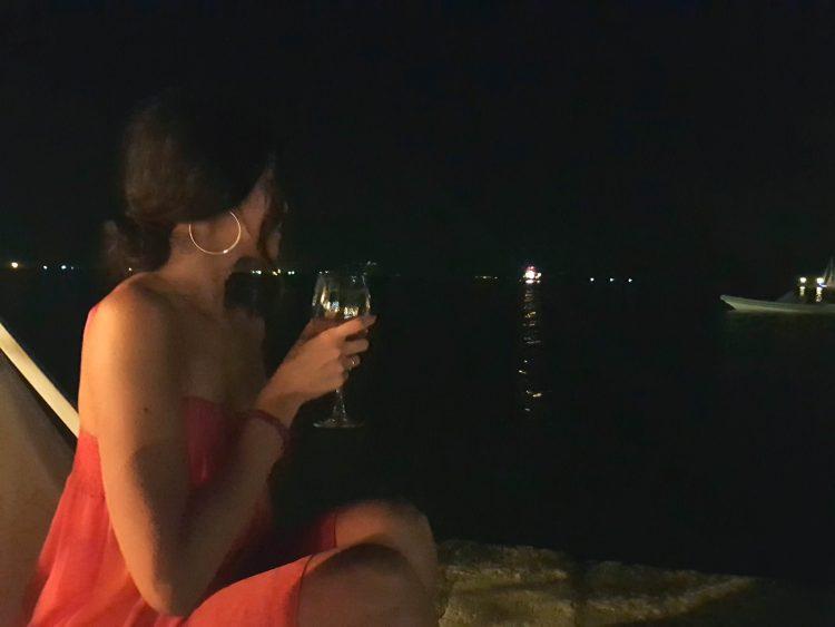 cosa fare a corfù: valentina e il greek spritz all'imabari