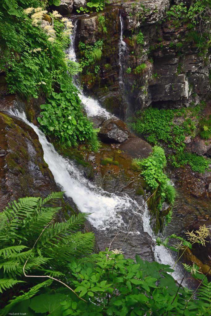 gita alle cascate del dardagna: l'ultimo salto visto dall'alto
