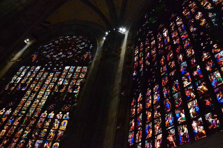 curiosità sul Duomo di Milano: le monumentali vetrate
