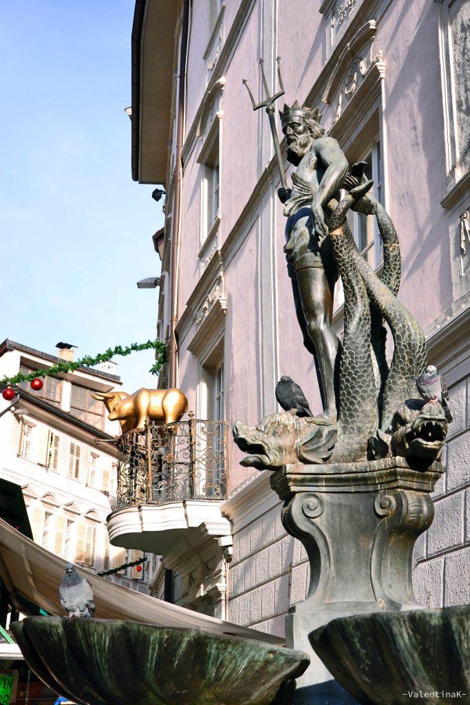 statua el nettuno in piazza delle erbe a bolzano