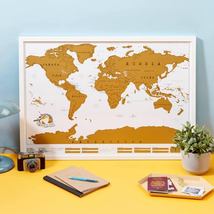 regali di natale per viaggiatori e sognatori: la scratch map del mondo