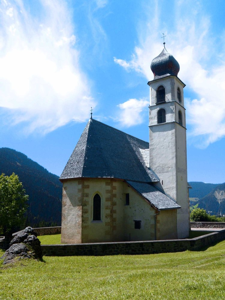 la chiesetta di santa fosca, nel cadore