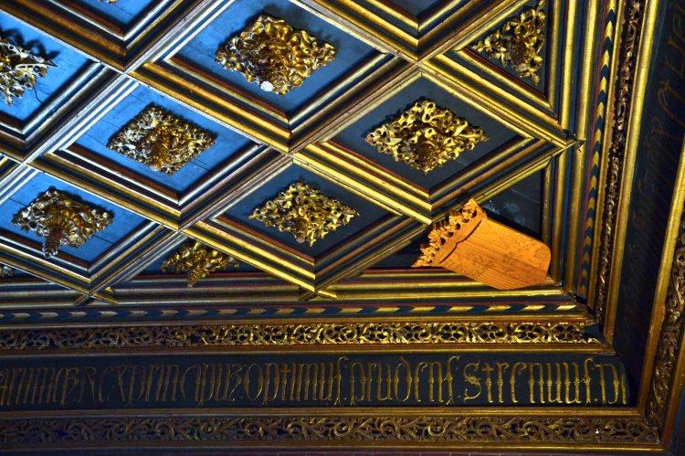 dettagli del soffitto